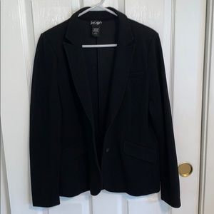 Lord and Taylor Black Blazer
